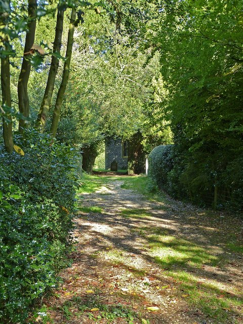 Path to St Laurence's church, Cholesbury