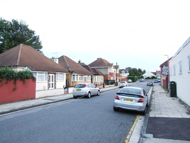 St. James's Avenue, Gravesend