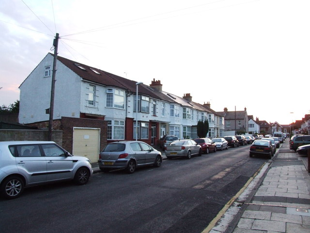 Lennox Avenue, Gravesend