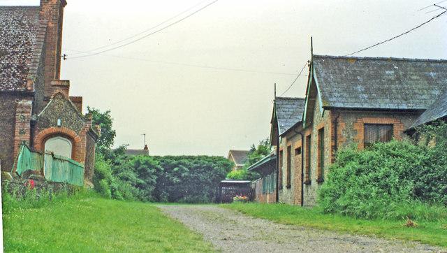 Hillington station (remains)