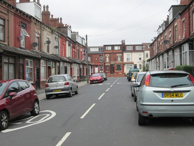 Trafford Avenue - Foundry Approach