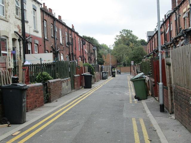 Back Trafford Avenue - Trafford Terrace