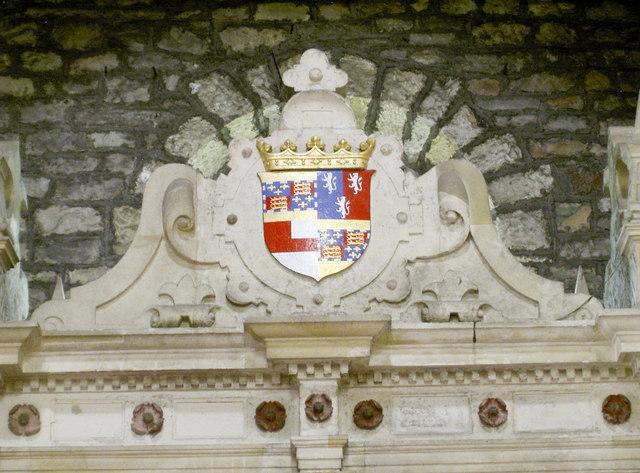 Worcester crest