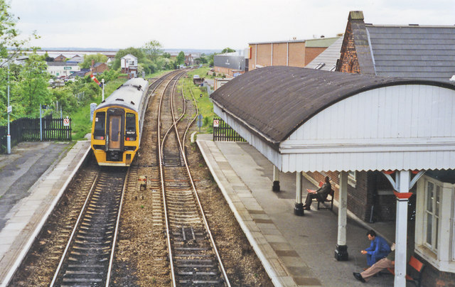 Hinckley station, with train