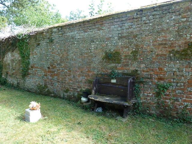 St Nicholas, Manston: distinctive seat