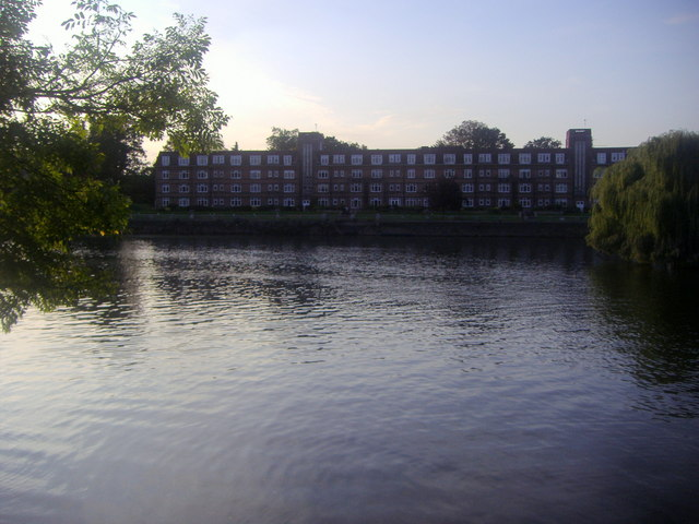Flats on Twickenham riverside