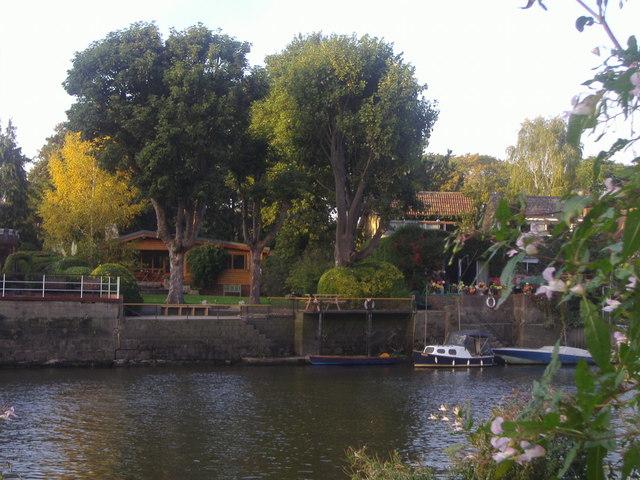 Houses on Eel Pie Island, Twickenham