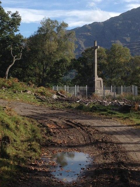 Memorial near Dalelia, Loch Shiel