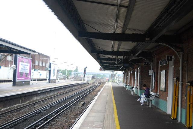 Platform 2, Three Bridges Station