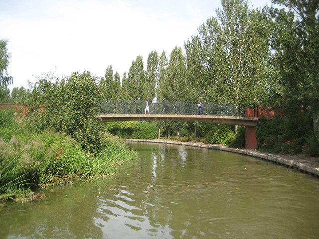 Grand Union Canal: Bridge Number 81B