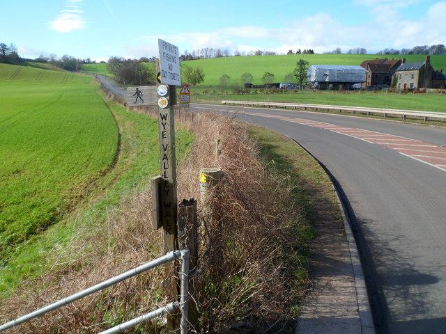 Wye Valley Walk on the left near Goodrich