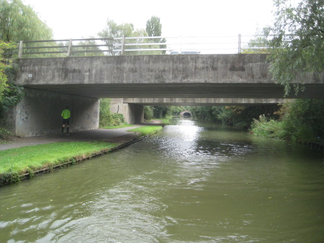 Grand Union Canal: Bridge Number 82A