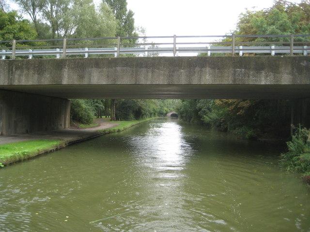 Grand Union Canal: Bridge Number 82B