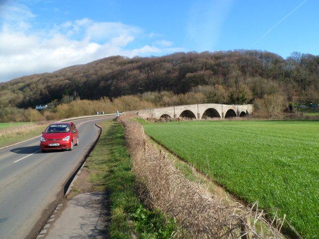 B4229 approaches Kerne Bridge from Goodrich