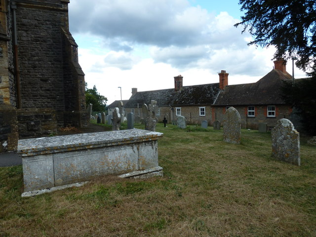 St Mary, Stalbridge: churchyard (7)