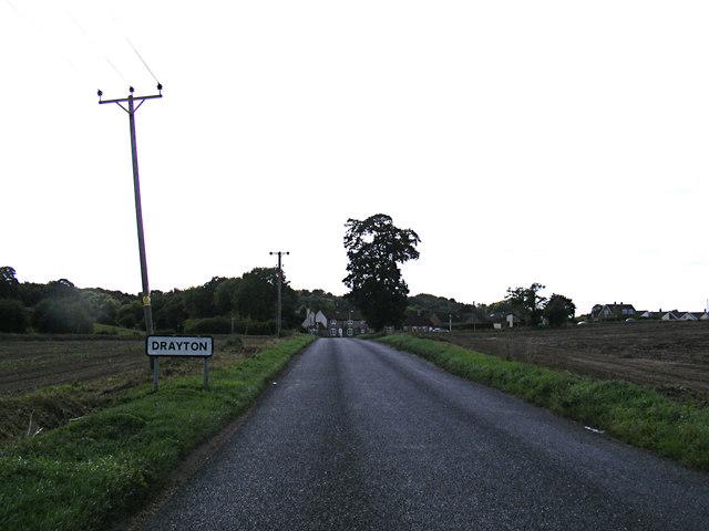 Entering Drayton on Drayton Lane