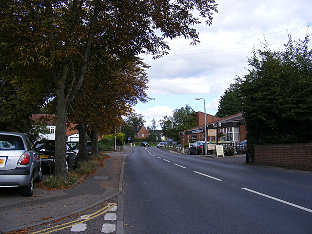 School Road, Drayton