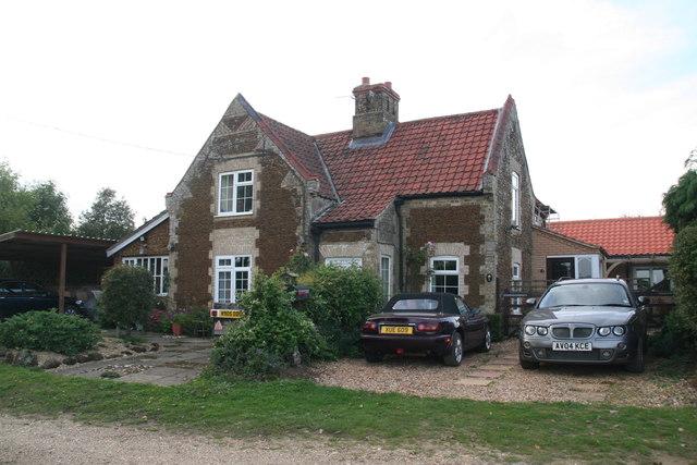 Cottage opposite Lower Farm
