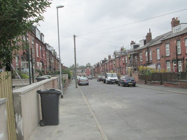 Darfield Crescent - Conway Place