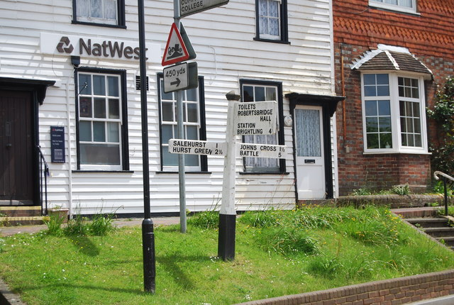 Road sign, centre of Robertsbridge