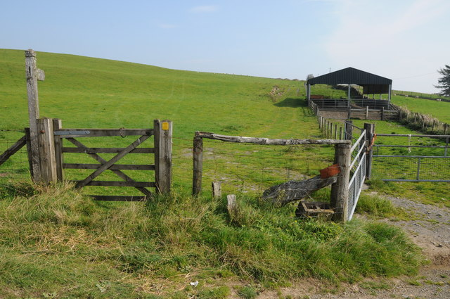 Bridleway near Newhouse
