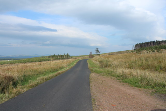 Road to Crosshill near Clauchrie Hill