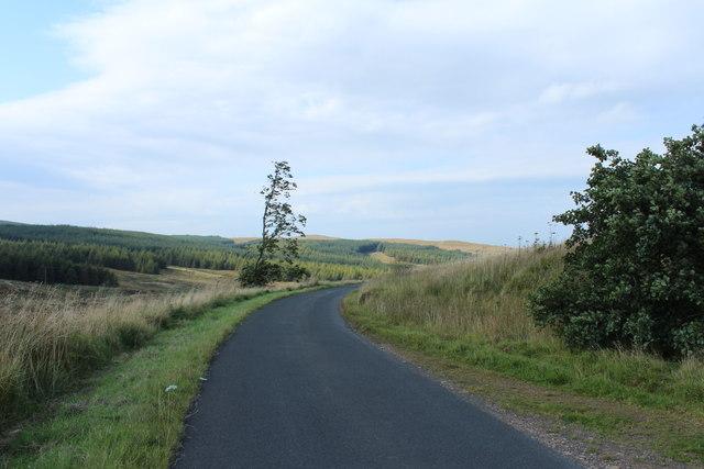 Road to Crosshill near Diel's Elbow