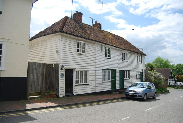 Weatherboarded Cottages, Station Rd