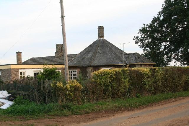 Octagonal Cottage, next to the bridleway to Blackborough