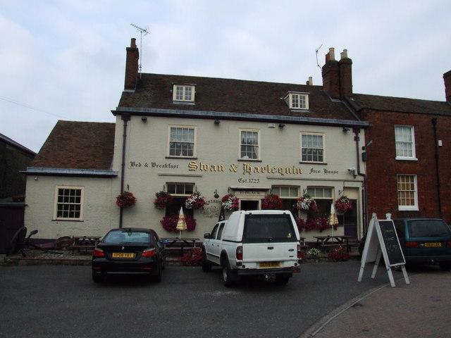 Swan & Harlequin, Faversham