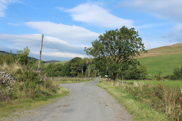 Road to Crosshill at South Balloch