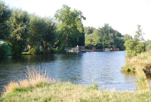 River Thames at Shiplake Weir