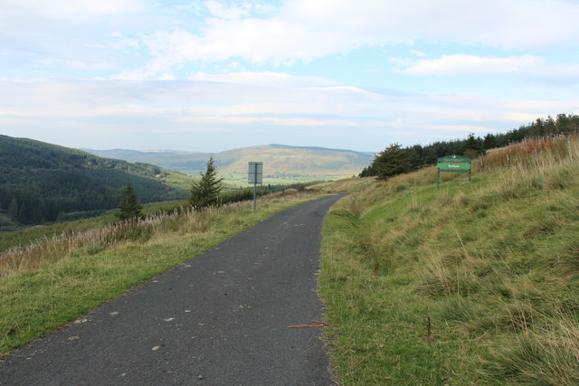 Road to Crosshill near Pinbreck Hill