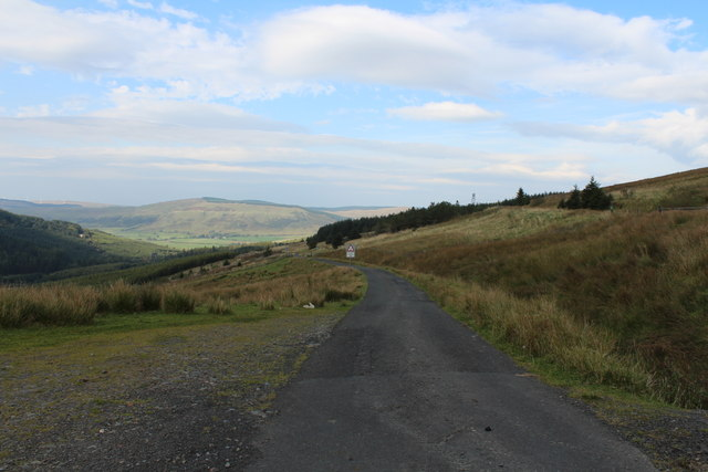 Road to Crosshill near Witches Bridge