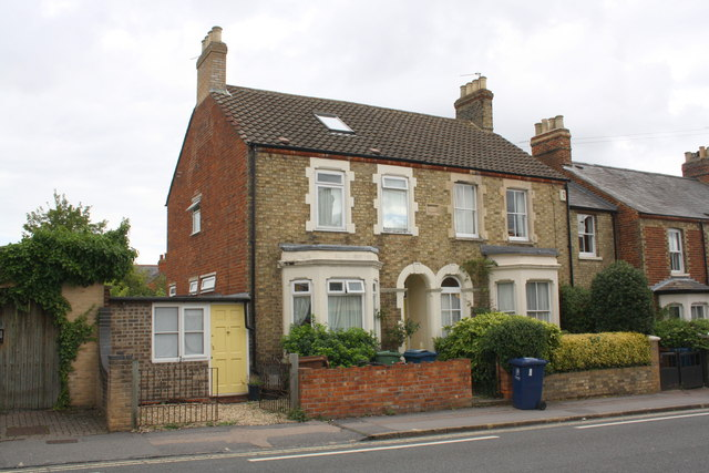 Houses on Windmill Road