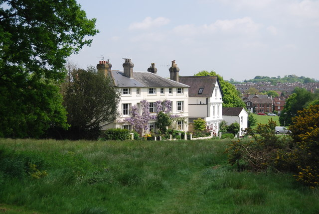 Houses, Southborough Common