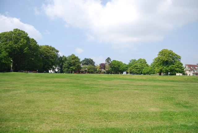 Cricket pitch, Southborough Common