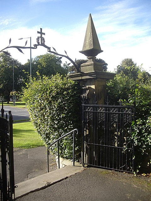 Exit gateway from All Saints churchyard, Lanchester