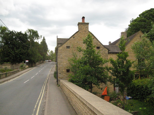 Once it stood to collect 2-Charlbury, Oxon