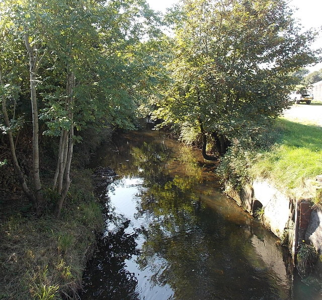 Afon Lliw south of Loughor Road Kingsbridge
