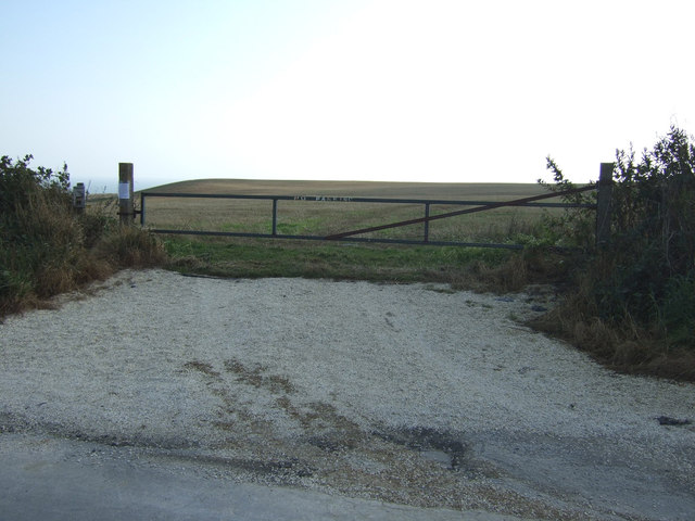 Field entrance off Cliff Lane