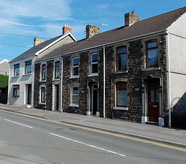 Row of 4 houses, West Street, Kingsbridge