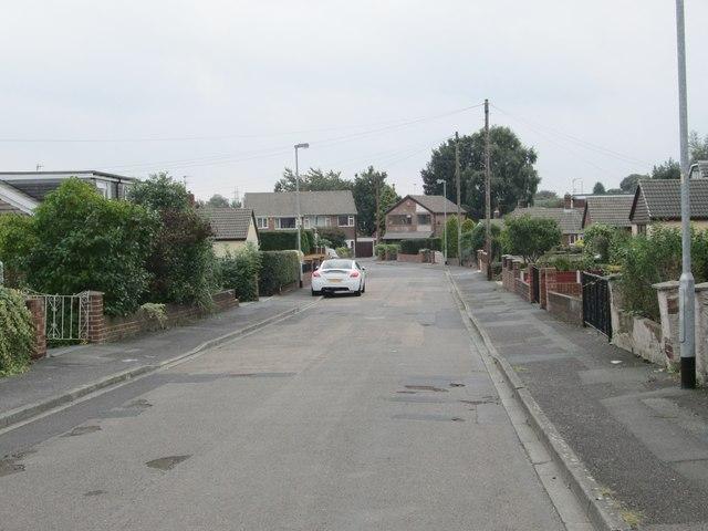 Winden Close - off Potovens Lane