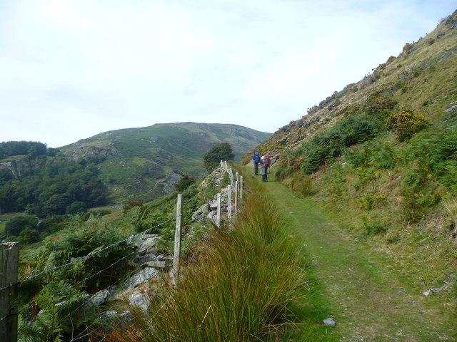 Heading for Llyn Lluncaws