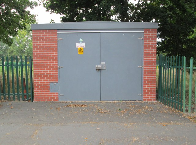 Electricity Substation No 5872 - The Avenue
