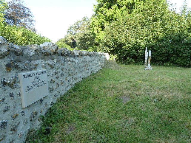 Frome Vauchurch Parish Churchyard (b)