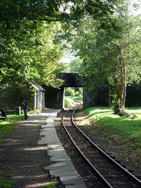 Road bridge across the Talyllyn Railway at Rhyd-yr-onen station