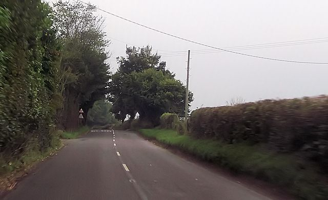 Approaching double bends south of  Winsley Lodge