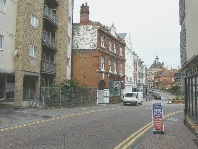 Rendezvous Street