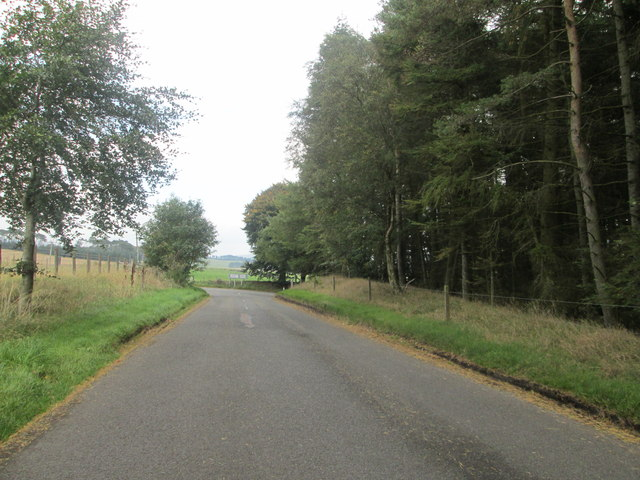 Approaching the junction of Shieldhill Road and the B7016